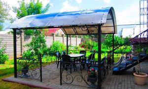 Крыша из поликарбоната для беседки