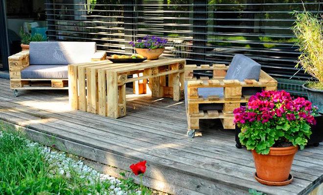столик и кресла из поддонов